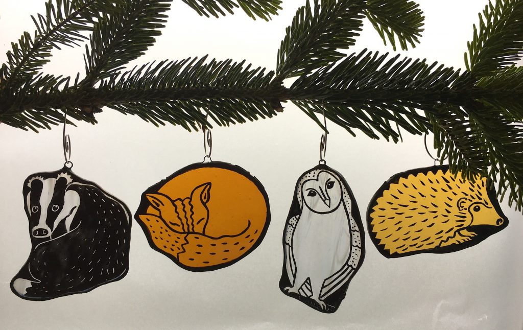 Set of 4 woodland animal Christmas tree decorations / ornaments. Badger, fox, barn owl, hedgehog