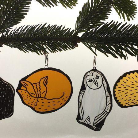 Set of 4 woodland animal Christmas tree decorations / ornaments. Badger, fox, barn owl, hedgehog